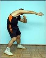 Упражнение 41. Тянем плечи (потягушки)